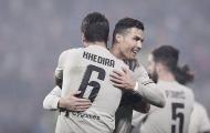 Ronaldo vừa khai hỏa vừa kiến tạo, Juventus bỏ xa Napoli đến 11 điểm