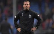 CĐV Huddersfield phản ứng bất ngờ ra sao khi xuống hạng trước 6 vòng?