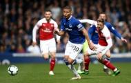 Fan Arsenal: 'Cậu ta thi đấu như ông già 80 tuổi'