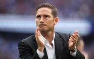 Chủ tịch lên tiếng vụ Chelsea mất nửa tháng mới ký HĐ với Lampard