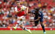 Quá chướng mắt, CĐV Arsenal điên tiết la ó cái tên Emery tung vào sân