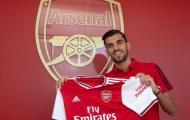 Tân binh Arsenal: 'Khi đến sân tập, tôi nghẹn ngào khi thấy 1 bức ảnh'