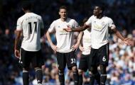 Chướng mắt với trò cưng Mourinho, Man Utd lạnh lùng 'trảm' không thương tiếc
