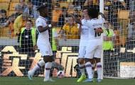 Lập hat-trick, tiền đạo Chelsea 'bị quên lãng' nói 1 câu với Abraham