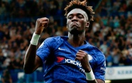 'Cầu thủ Chelsea đó giữ bóng tốt, áp sát đối thủ để các đồng đội băng lên'