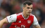 'Emery làm thế, Arsenal chẳng có đội trưởng nào cả'