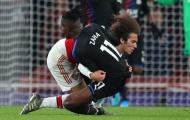 Vật ngã 'bom tấn hụt' Arsenal đổ ầm xuống sân, Guendouzi phá vỡ im lặng