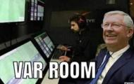 Cười té ghế với loạt ảnh chế Vòng 10 Premier League