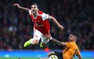 Hòa nhạt nhòa, NHM Arsenal nổi điên: 'Quá tồi tệ! 2 cậu ta đã ngủ trên sân'