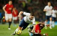Fan Tottenham giận điên: 'Mourinho hoàn toàn sai khi dùng 2 gã tồi tệ đó'