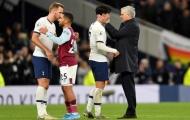 CHOÁNG! Mourinho giằng bóng từ Son Heung-min, trao cho 1 cái tên khác sau trận