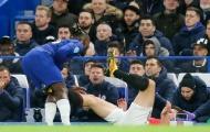 Roy Keane: 'Chính điều đó đã giúp Maguire thoát thẻ đỏ'