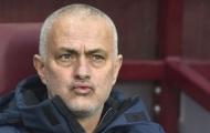 Phóng viên hỏi 1 câu, Mourinho tức điên tuyên bố không thể chấp nhận