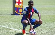 Umtiti 'chào sân' Barca bằng màn tâng bóng quen thuộc