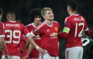 Chủ tịch Bayern chỉ trích Man United vì 'đày ải' Schweinsteiger