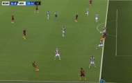 Tranh cãi: Dzeko đã việt vị trước khi AS Roma được thổi phạt đền