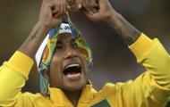 Neymar kỷ niệm chức vô địch theo phong cách riêng
