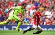 Đá tệ, Mkhitaryan và Lingard bị Mourinho trừng phạt thẳng tay