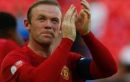 Bị chỉ trích liên tục, Rooney vẫn được Nani bảo vệ