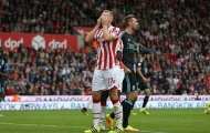 Bị Ibrahimovic 'hạ nhục', trung vệ Stoke City quyết phục thù