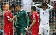 Hàng thủ mất đoàn kết, Malta thất thủ trước 'bát quái trận đồ' Anh