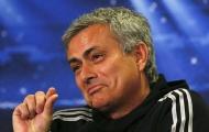 Đồng cảm với trọng tài, Mourinho vẫn bị FA 'sờ gáy'
