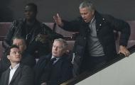 Gieo nhân Mourinho, Manchester United đang gặt quả