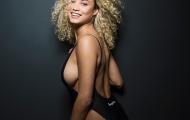 Bồ Van der Wiel khoe đường cong tuyệt mĩ cùng bikini