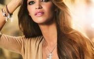 Vẻ đẹp sắc sảo và ánh mắt đầy mê hoặc của vợ Iker Casillas