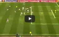 Khoảnh khắc Cristiano Ronaldo ghi bàn rồi nằm gục đau đớn