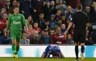 Đội nào bị phạt vì ăn vạ nhiều nhất Ngoại hạng Anh?