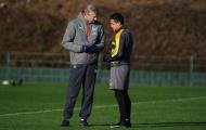 Wenger ưu ái Sanchez trong buổi tập của Arsenal