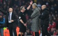 Sốc với án phạt dành cho Arsene Wenger