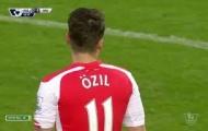 Màn trình diễn của Mesut Oezil vs Hull City