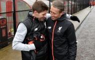 Chùm ảnh: Lucas phấn khích khi được Gerrard trao quyền cầm quân