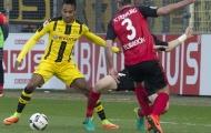 Chùm ảnh: Thắng Freiburg, Dortmund vững vàng top 3