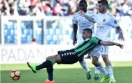 Trọng tài tặng 3 điểm cho Milan, Inter thua muối mặt trước Roma