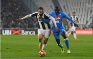Higuain nén đau ghi bàn, Juventus thắng dễ trước Napoli