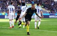 Inter hát tiếp bài ca 'hủy diệt', Napoli tìm lại nụ cười