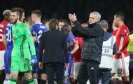 Điểm tin sáng 14/03: Mourinho mỉa mai cầu thủ Chelsea, trọng tài xử ép Man Utd