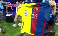 Áo Barca biến thành 'UEFAlona' gây phẫn nộ