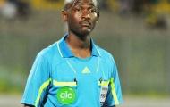 'Tưởng tượng' penalty, trọng tài bị FIFA treo còi vĩnh viễn