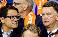 Van Gaal trầm tư chứng kiến thất bại của Hà Lan