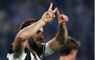 Higuain lập cú đúp, Juventus 'bắn tín hiệu' cho Barcelona