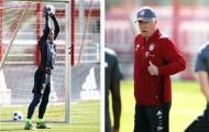 Neuer chính thức trở lại tập, Ancelotti nhẹ cả người
