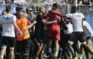 CĐV 2 lần tấn công cầu thủ, trận SC Bastia - Lyon bị hủy