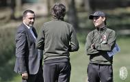 Sếp mới của Milan tiếp tục thị sát buổi tập của các cầu thủ