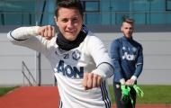 Giữa bão chấn thương, dàn sao Man United vẫn cực nhắng trên sân tập