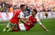 Sanchez ghi bàn nâng tỷ số 2-1 cho Arsenal (Arsenal vs Man City, bán kết FA Cup)