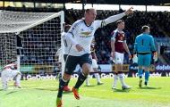 Pha lập công không thể dễ hơn của Wayne Rooney vào lưới Burnley